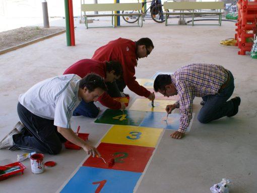 Pintado de juegos en el patio